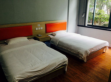 (恭喜)昆山友谊医院对面经营多年500方宾馆成功转让!